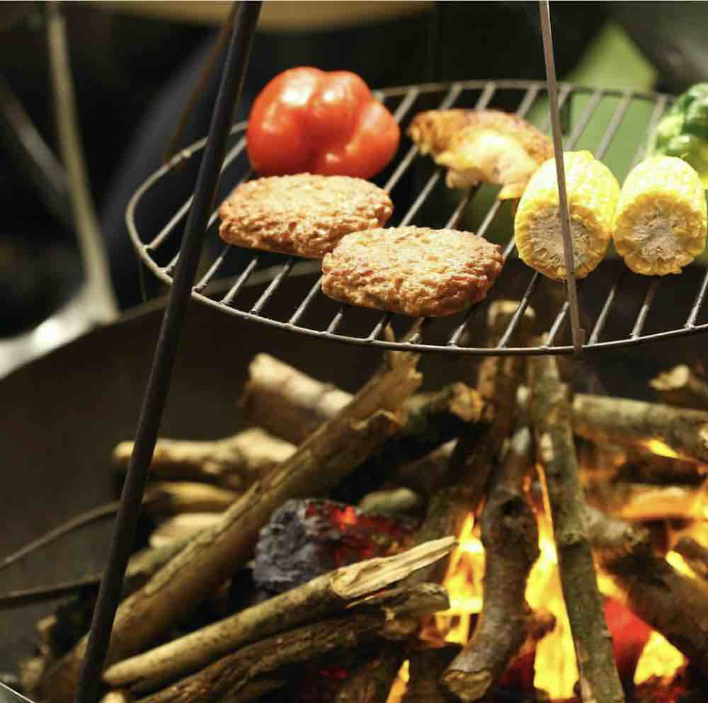 swing grill with food cooking