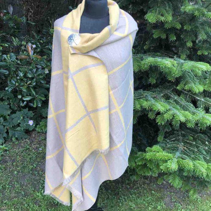 reverse side of mustard wrap