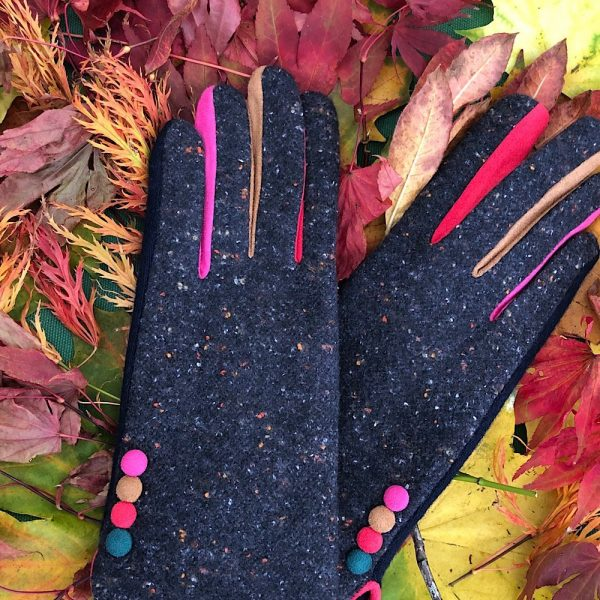 stylish Navy tweed gloves