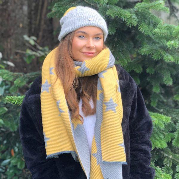mustard and grey ribbed star scarf
