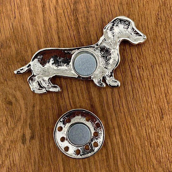 reverse of sausage dog brooch