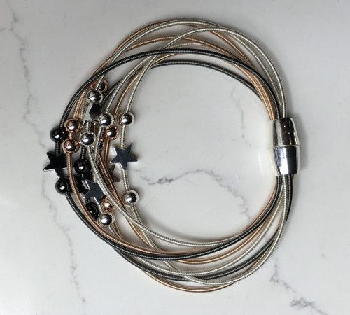 Three Colours Multistrand Stars Magnetic Bracelet